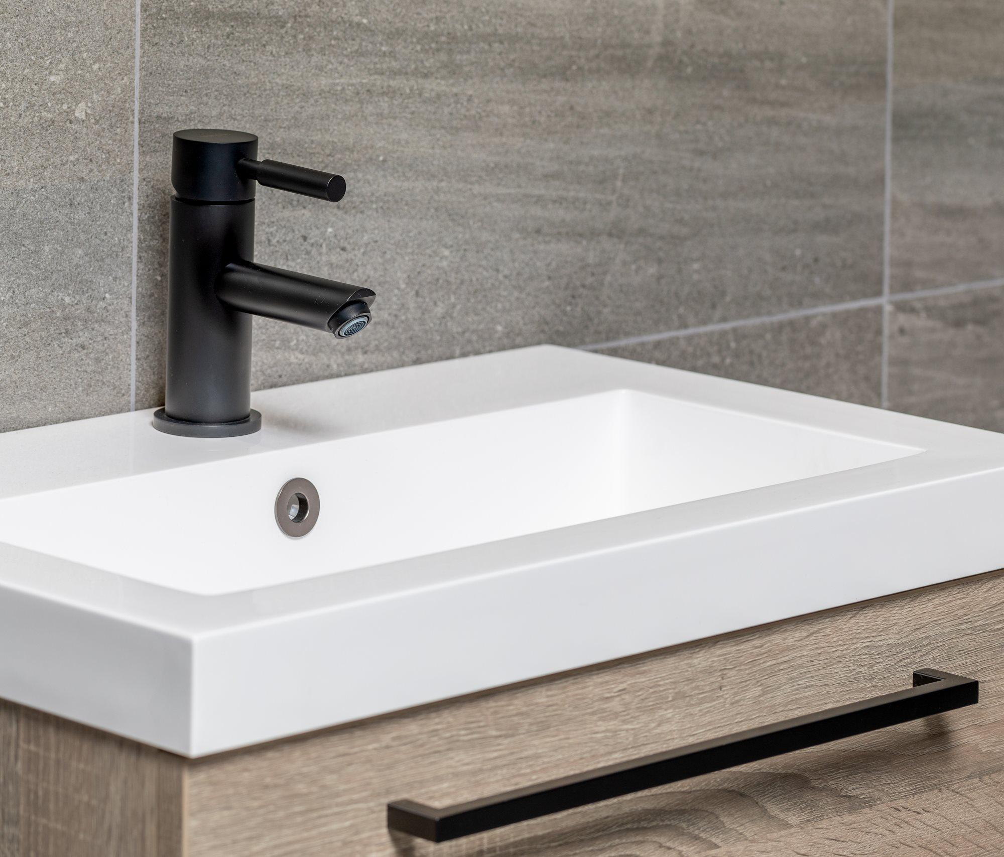 badkamermeubel-eiken-wastafel-wit.jpg
