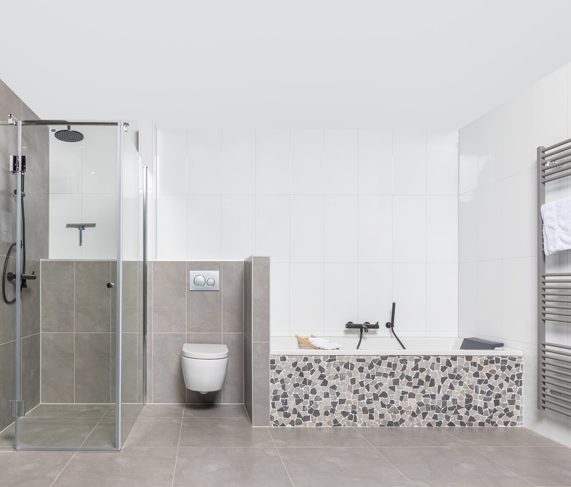 moderne-badkamer-grijs-wit.jpg