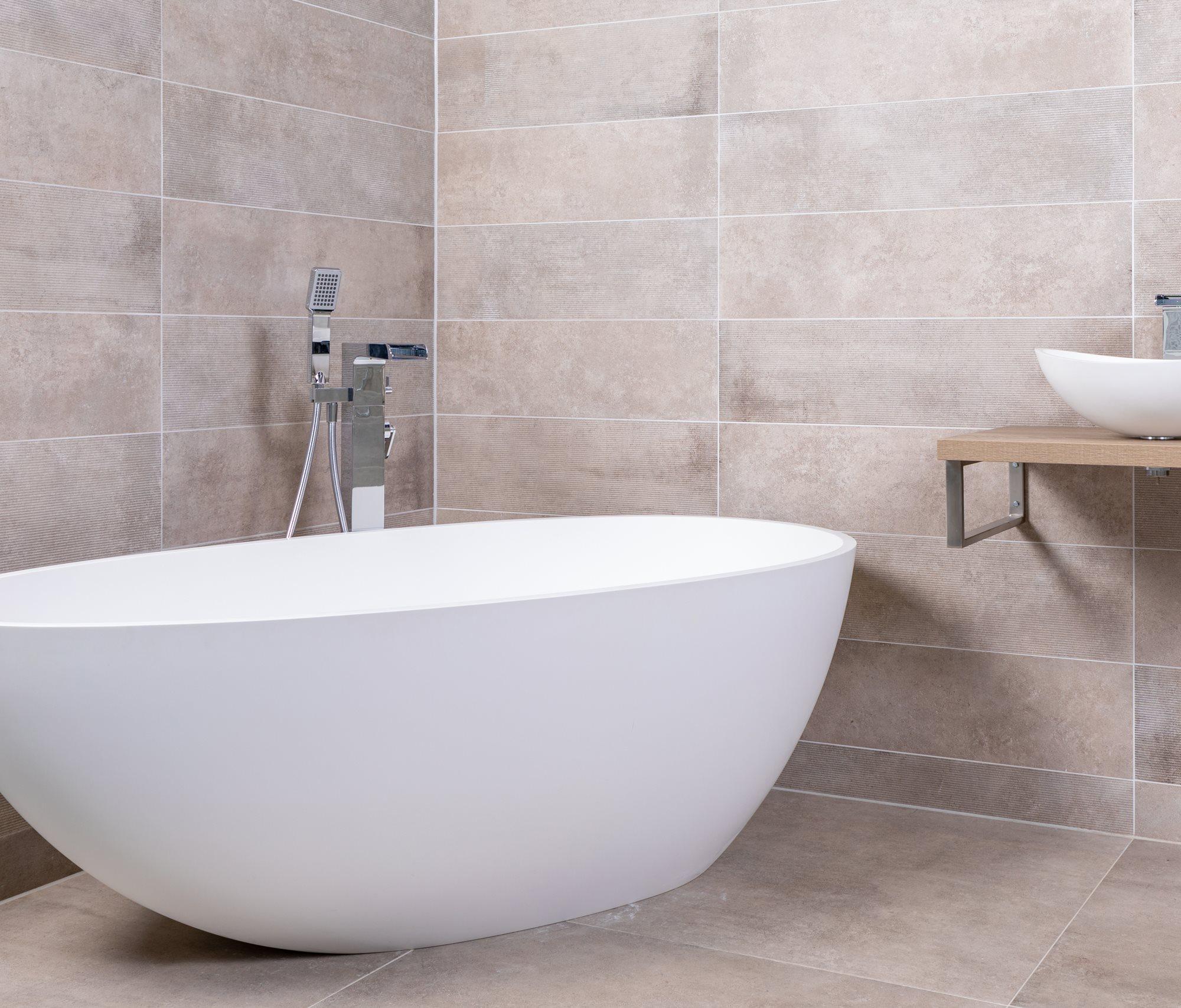 wit-vrijstaand-bad.jpg
