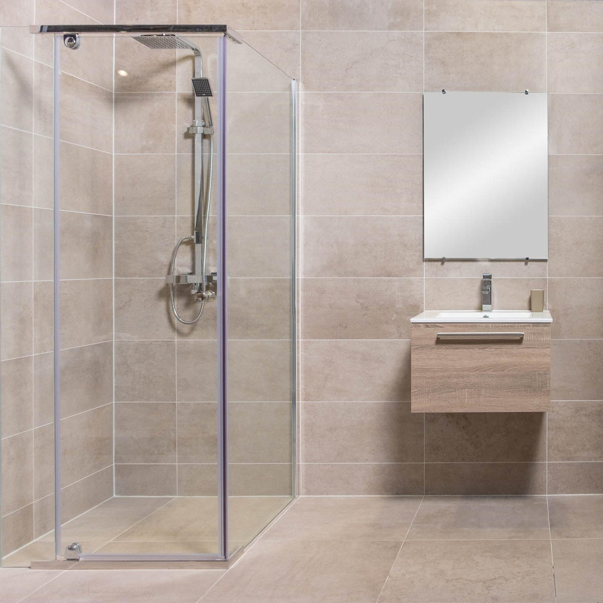 afmetingen-douche-douchecabine-beige-tegels-eiken-badkamermeubel-badkamerspiegel.jpg